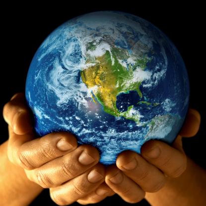 Size_550x415_globe-hands
