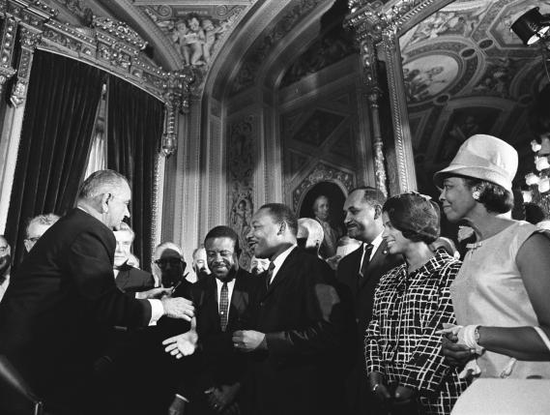 Size 550x415 7.lyndon johnson and martin luther king%2c jr.   voting rights act.preview