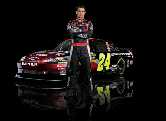 Size_550x415_jeff-gordon-drive-to-end-hunger1