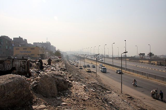 Size_550x415_garbage_cairo_29