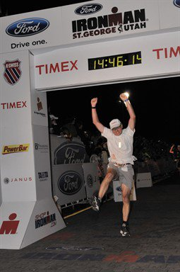 Size_550x415_celebrating_at_ironman