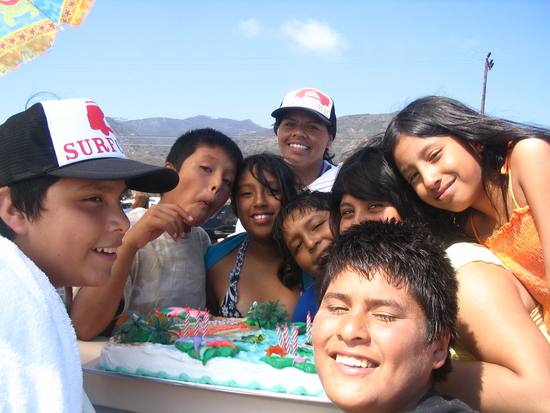 Size_550x415_happy%20birthday%20%40surf%20camp