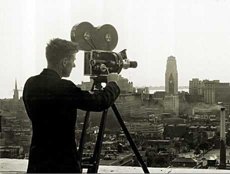 Size 550x415 movie camera1