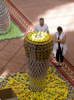 Size_550x415_05_rtkl_canstruction_wlee