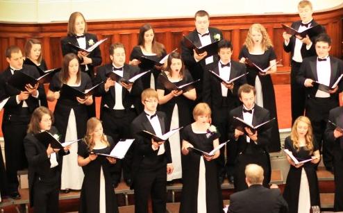 Size 550x415 choir