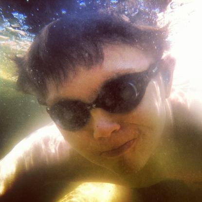 Size_550x415_underwatercade