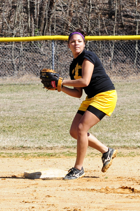 Size_550x415_11softball1565