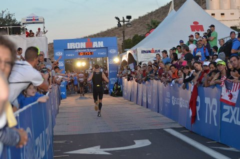Size_550x415_ironman%20arizona%20finish