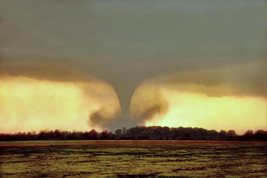 Size_550x415_wynne-ar-tornado-jason-politte