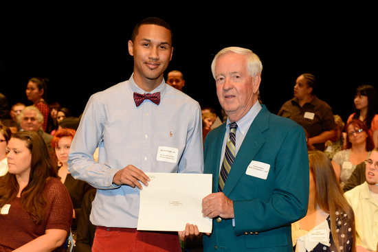 Size_550x415_2013_scholarship_reception_074