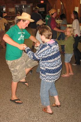 Size 550x415 intergen 2008 folk dancing