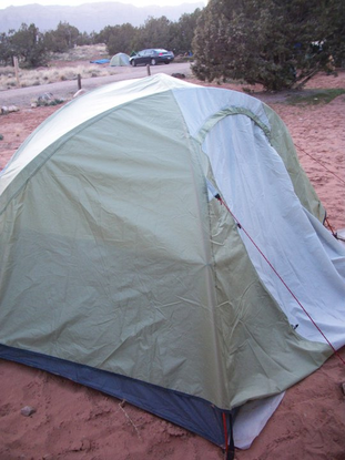 Size 550x415 tent%20camping%20in%20moab