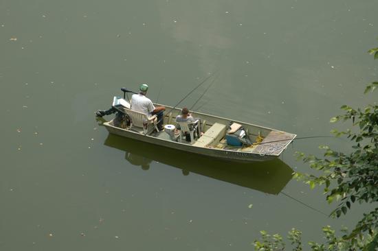 Size 550x415 fishing.grandfather grandson.mulberryfork