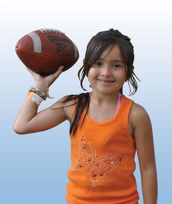 Size 550x415 b%26g footballgirl