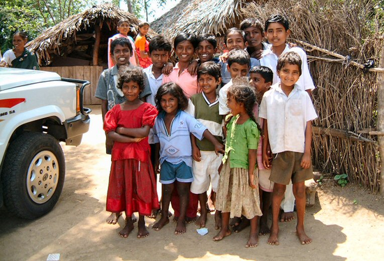 Size 550x415 india children