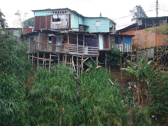 Size 550x415 typical%20house%20construction%20in%20los%20anonos