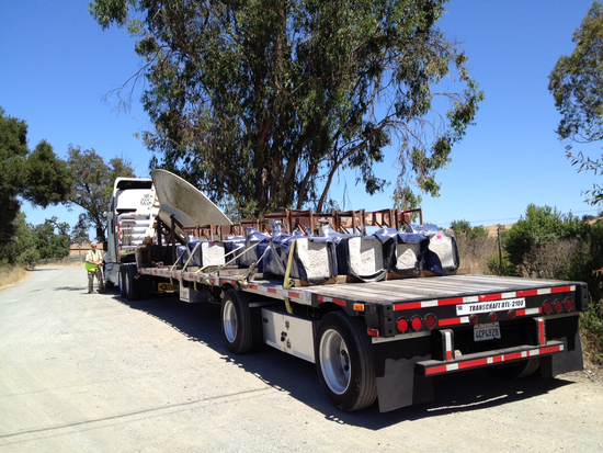 Size 550x415 bracewell piers and dish on truck to vla 7 27 2012
