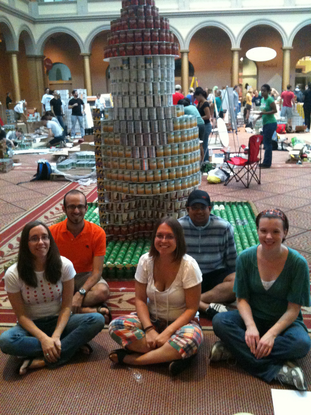 Size 550x415 canstruction