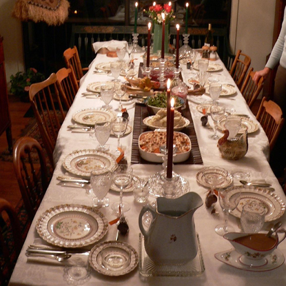 Size 550x415 thanksgiving%20table