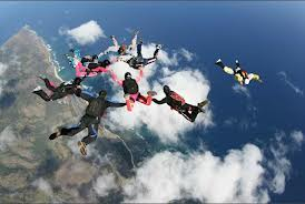 Size 550x415 skydiving2
