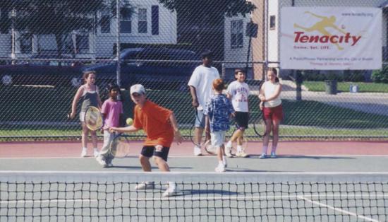 Size 550x415 tennis1a