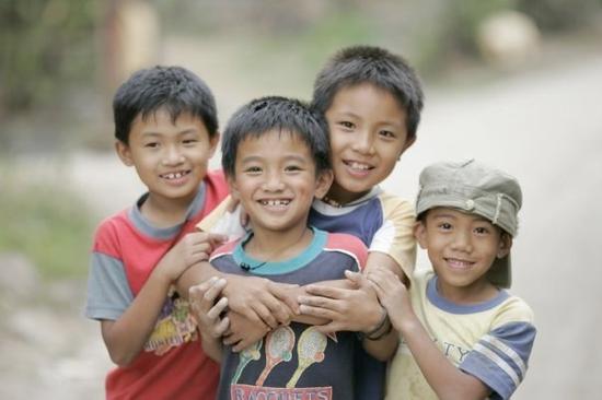 Size 550x415 children in luzon