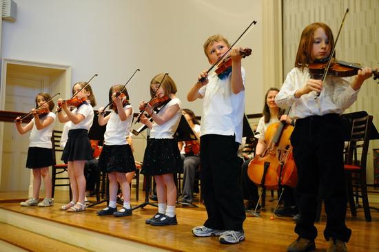 Size 550x415 violins11
