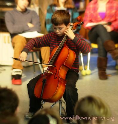 Size 550x415 cello