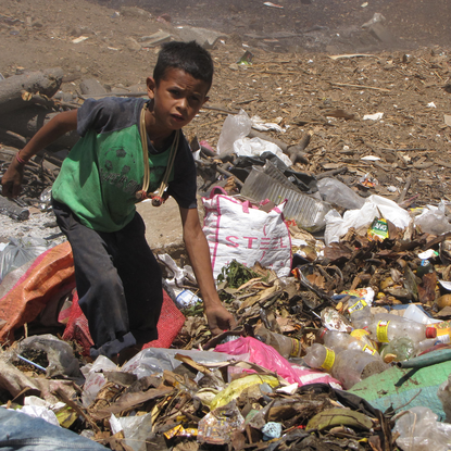 Size 550x415 nicaragua garbage dump