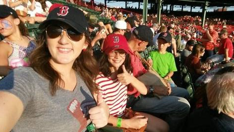 Size 550x415 anna %28big%29 and kalia %28little%29 at fenway3
