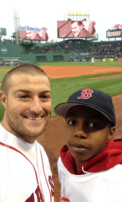 Size 550x415 tom %28big%29 and kam %28little%29 at fenway 2015 retouch